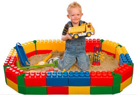 Детская песочница из блоков конструктор