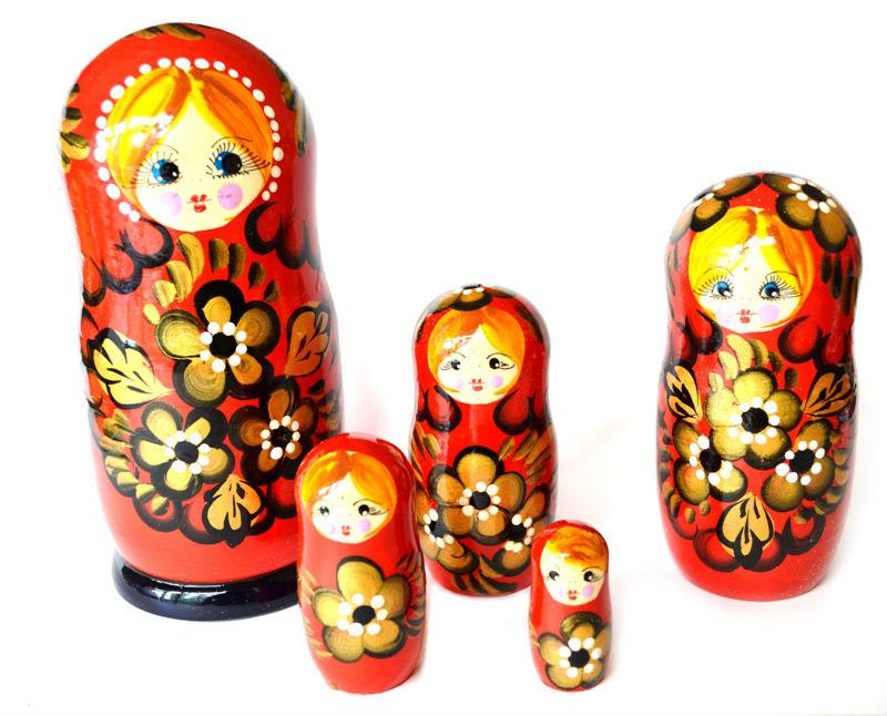 ломали картинка русской народной игрушки лошадка и матрешка радостном событии рассказал